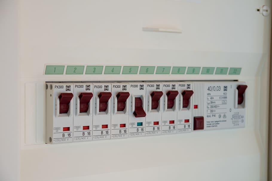 electrician dristor