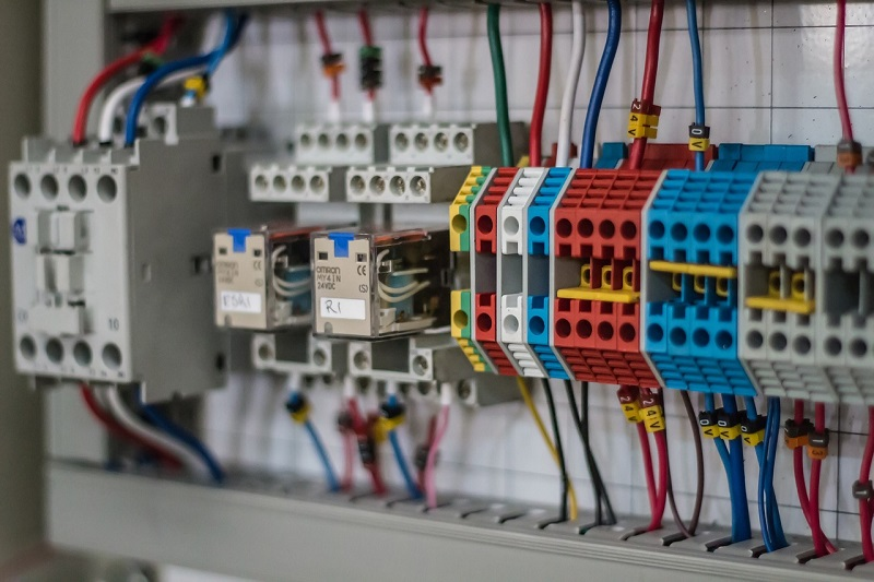 electrician giulesti